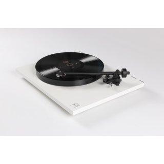 Rega Planar 1 PLUS Weiß matt HighEnd-Plattenspieler mit integrierter Phonovorstufe und RB110-Tonarm